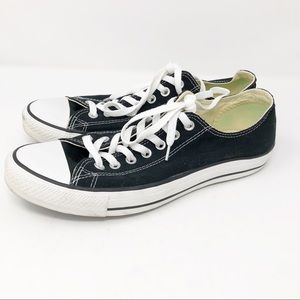 Converse All Stars low top classic sneakers shoes